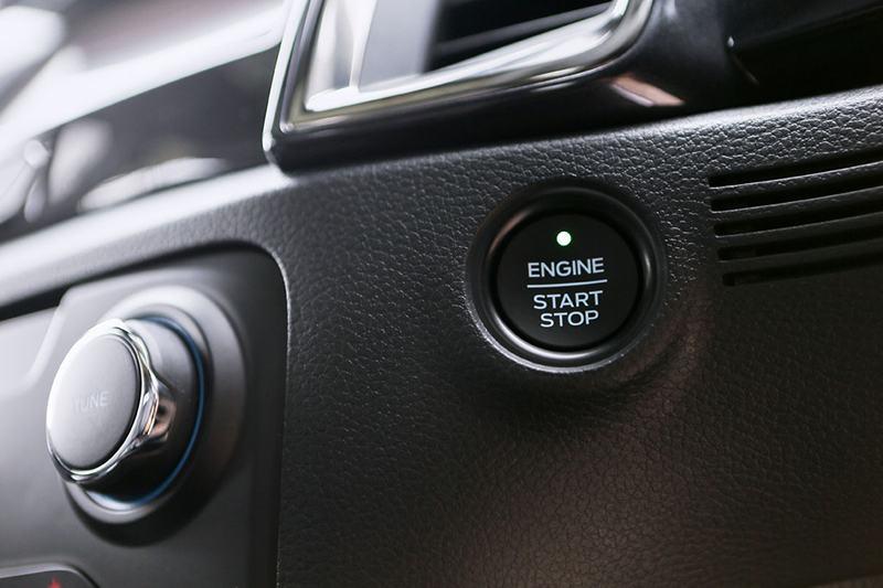 nut khoi dong ford everest 2021 thailan muaxegiatot vn Giới thiệu các phiên bản Ford Everest Titanium 2021 bán tại Việt Nam