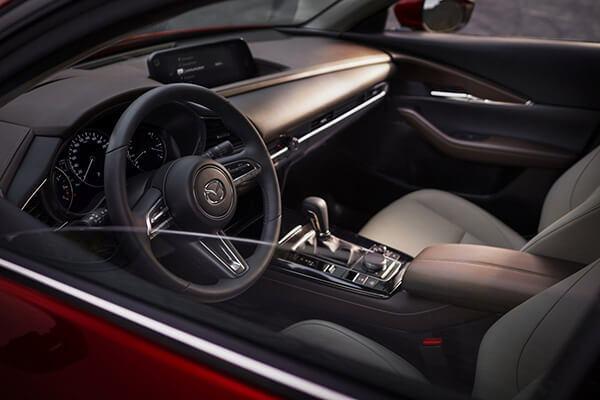 vo lang 3 chau the thao mazda cx 30 2021 truecar vn Đánh giá xe Mazda CX30 2021, SUV cỡ B dành cho đô thị