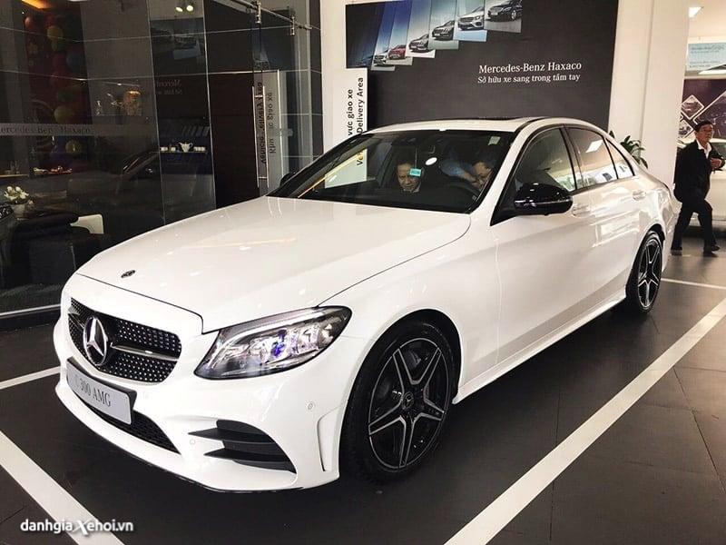 gia xe mercedes c300 amg 2021 danhgiaxehoi vn 800x600 1 Đánh giá Mercedes C Class 2021, Mẫu sedan bán chạy nhất của Mercedes