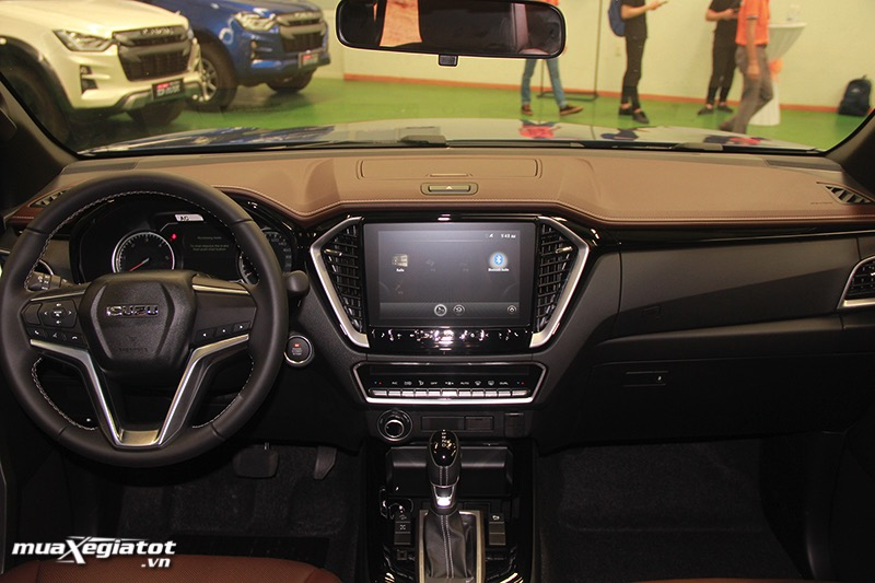 Khoang lai Isuzu D max 2021 2022 muaxegiatot vn Đánh giá xe Isuzu D-Max 2022: nâng cấp đáng kể, giá bán hấp dẫn