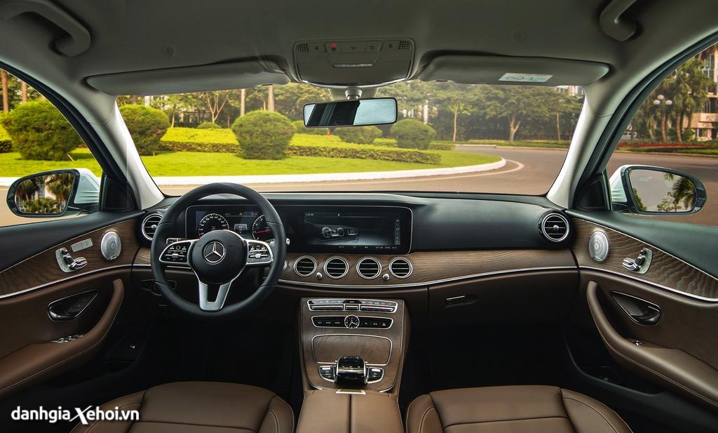 Noi that xe Mercedes E200 Exclusive 2022 danhgiaxehoi vn 1024x617 1 Đánh giá xe Mercedes E200 Exclusive 2022: Phiên bản thay thế cực chất lượng cho E200 Sport