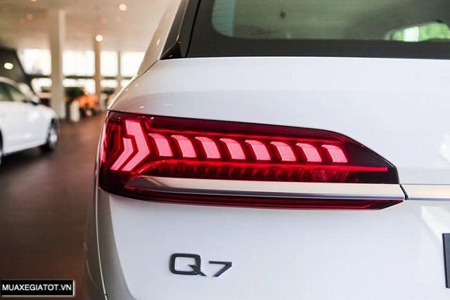 den hau audi q7 2020 2021 muaxegiatot vn Đánh giá xe Audi Q7 2022 - Nâng cấp khả năng off-road