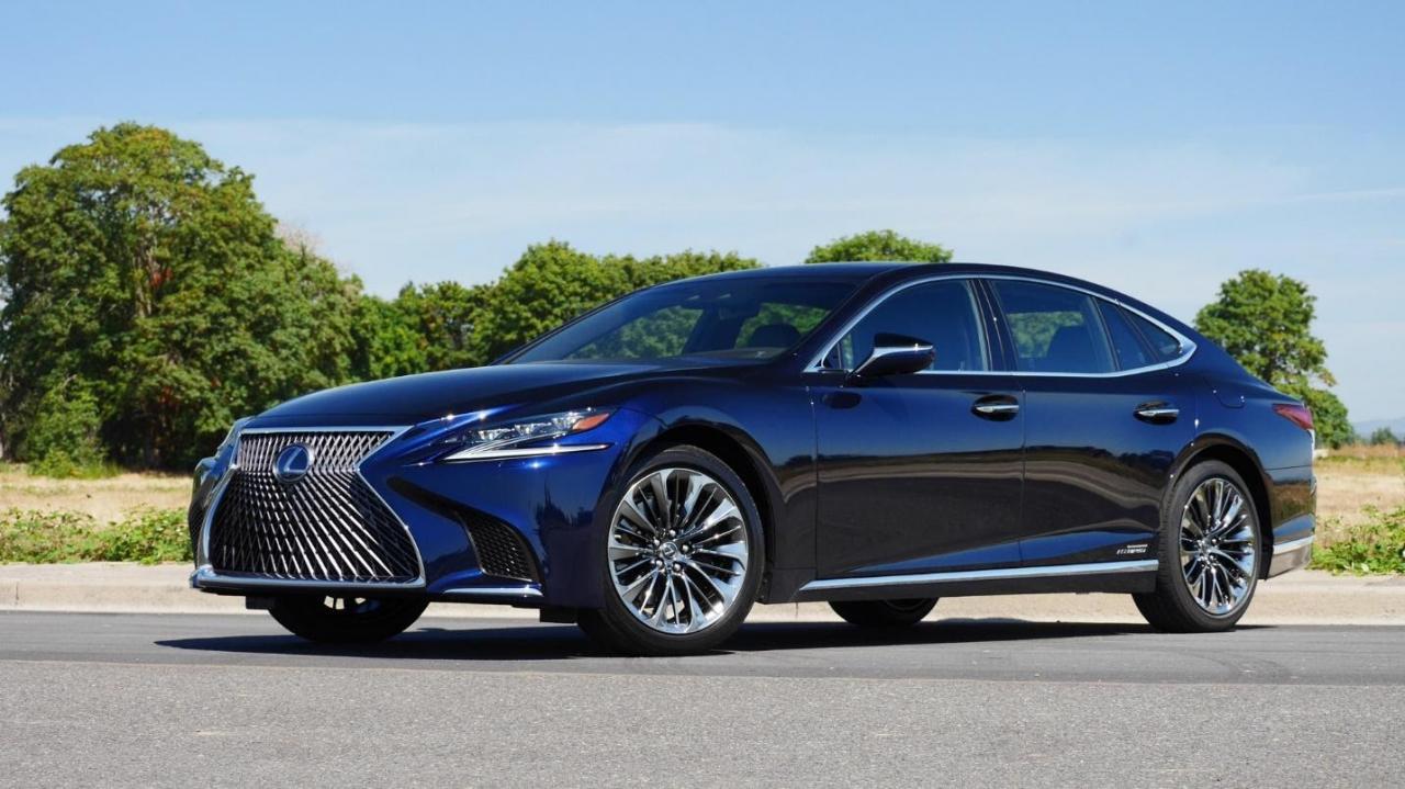 """Danh gia xe Lexus LS500h 2022 03 1280x719 1 Đánh giá xe Lexus LS 500h 2022 - mẫu sedan hạng sang """" bậc nhất"""" của Lexus"""