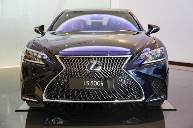 """Danh gia xe Lexus LS500h 2022 660x440 1 Đánh giá xe Lexus LS 500h 2022 - mẫu sedan hạng sang """" bậc nhất"""" của Lexus"""