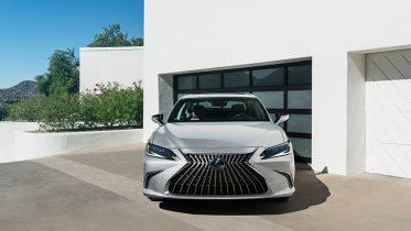 dau xe lexus es 2022 giaxehoi vn 800x450 1 373x210 Đánh giá xe Lexus ES 2022: Nhiều nâng cấp, bổ sung ấn tượng