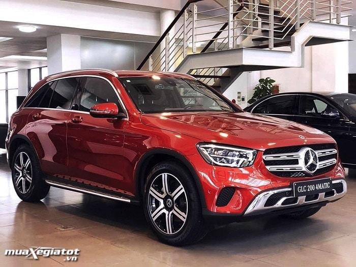 gia xe mercedes glc 200 4matic 2021 danhgiaxehoi vn 700x525 1 Những mẫu xe Mercedes GLC kèm giá bán tại Việt Nam