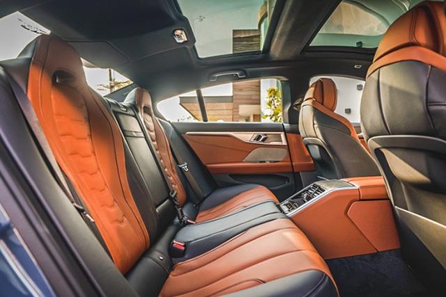 hang ghe sau xe bmw 840i gran coupe 2022 muaxegiatot vn Đánh giá xe BMW 840i Gran Coupe M Sport 2022: Nhiều điểm ấn tượng
