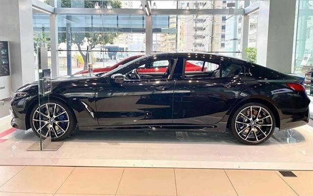 hong xe bmw 840i gran coupe 2022 muaxegiatot vn Đánh giá xe BMW 840i Gran Coupe M Sport 2022: Nhiều điểm ấn tượng